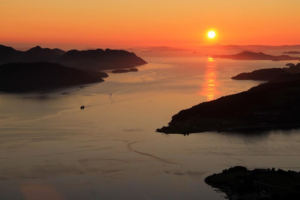 Uburen uitzicht fjorden zonsondergang