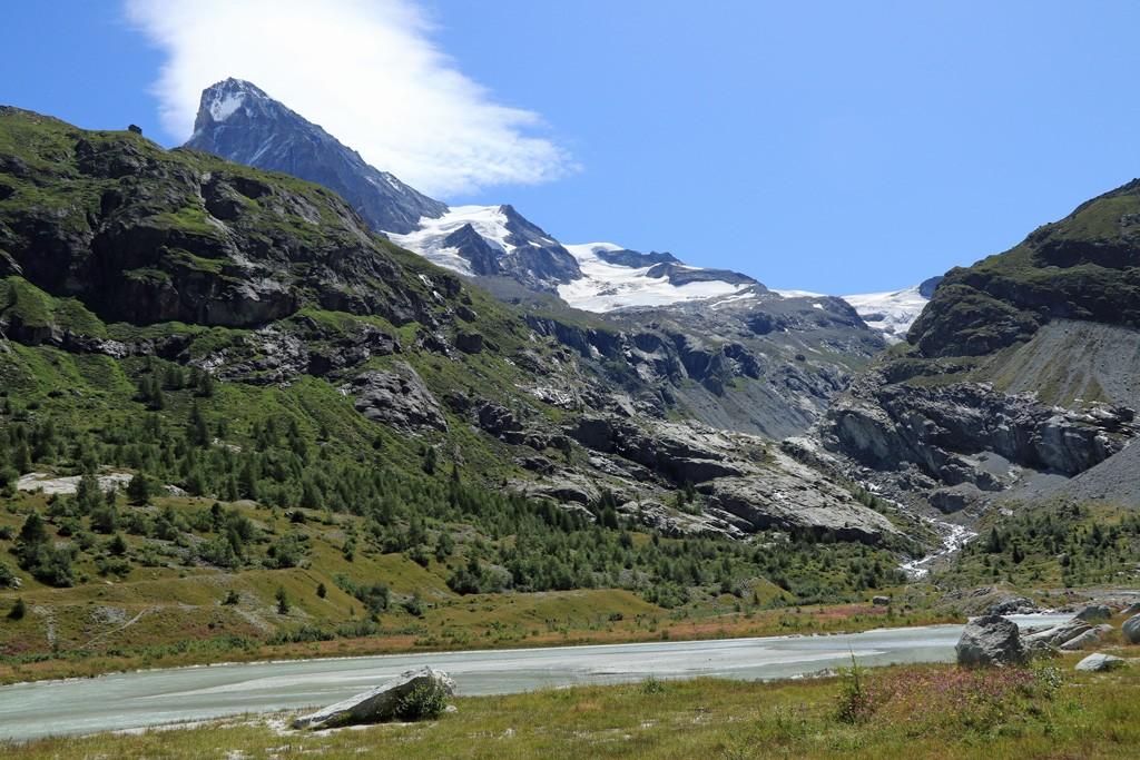 Ferpècle gletsjer en Dent Blanche