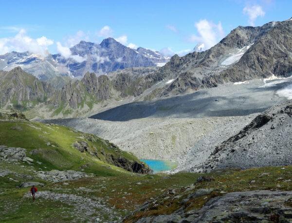 Tour des Lacs lake
