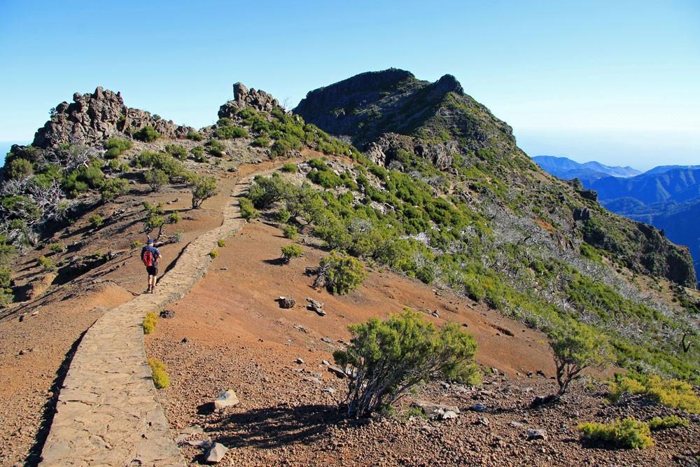 Hike Pico Ruivo Achada do Teixeira