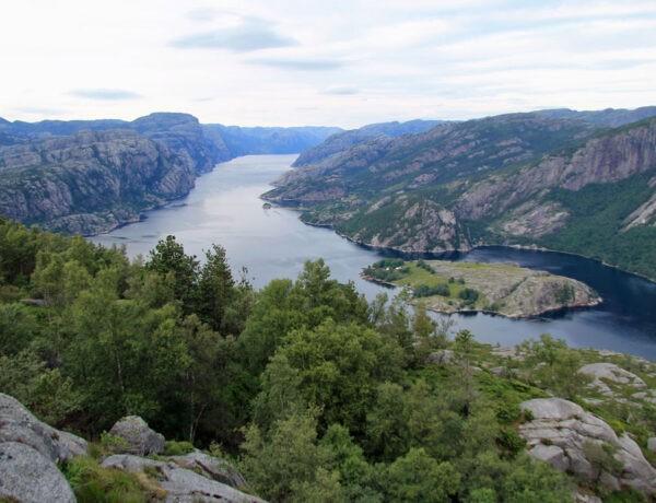 Sokkaknuten uitzicht Lysefjord
