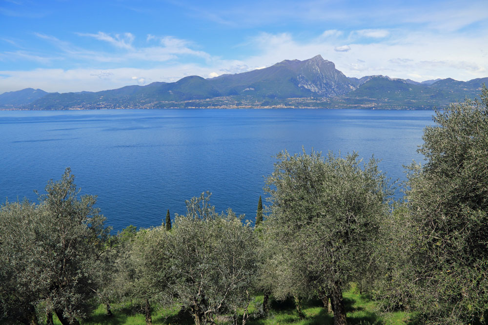 Torri del Benaco uitzicht Gardameer